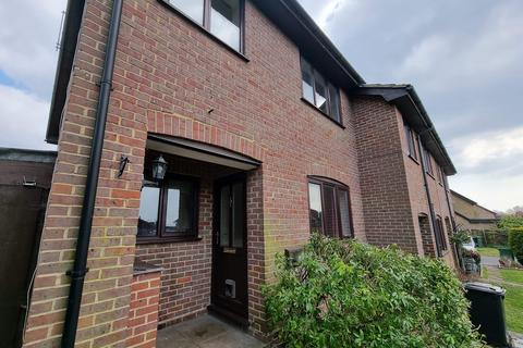 2 bedroom semi-detached house to rent - Kirkstall Court, Calcot, Reading, RG31
