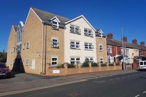 2 bedroom flat to rent - Flat 12 Bradfield Way