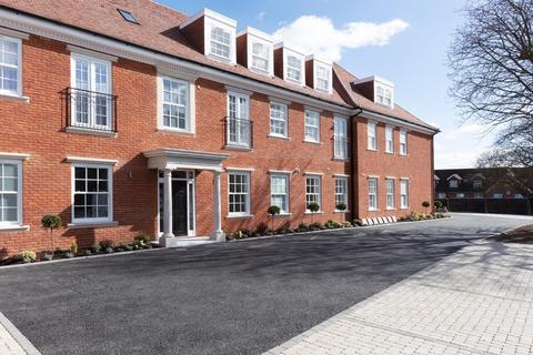 3 bedroom apartment for sale - Imperial Heights, Manor Road, Chigwell