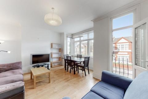 3 bedroom flat to rent - Clifford Gardens, Kensal Rise, London