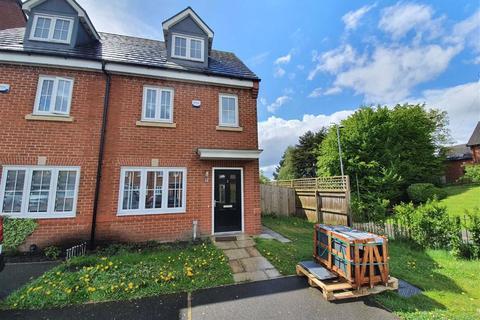 3 bedroom semi-detached house to rent - Racecourse Way, Salford