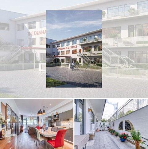 2 bedroom apartment for sale - Stanley Kubrick Road, Uxbridge