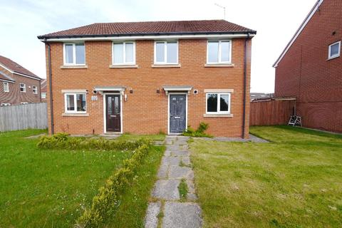 3 bedroom semi-detached house to rent - Battlehill Drive, Wallsend