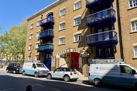 2 bedroom flat to rent - Wapping High Street, London
