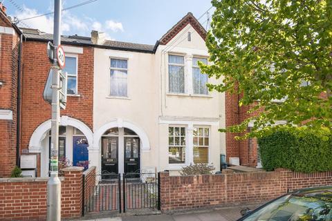 3 bedroom maisonette for sale - Tranmere Road, London