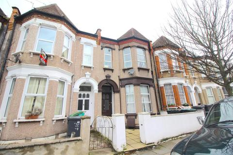 3 bedroom flat for sale - Dongola Road, London