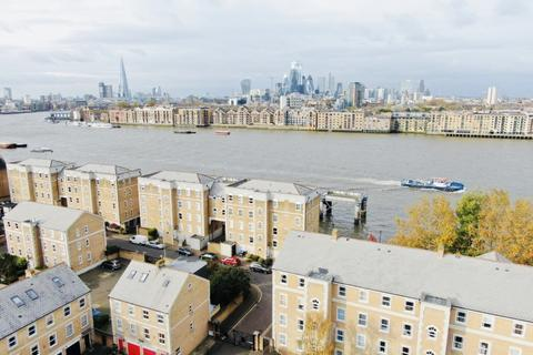 2 bedroom flat to rent - Raleigh Court, Clarence Mews, Rotherhithe