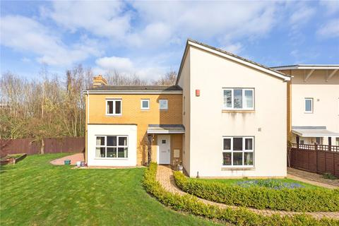 5 bedroom detached house to rent - Gemini Close, Cheltenham, Gloucestershire, GL51