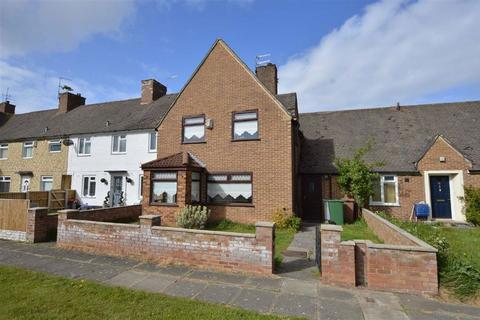 3 bedroom terraced house for sale - Orretts Meadow Road, Woodchurch, CH49