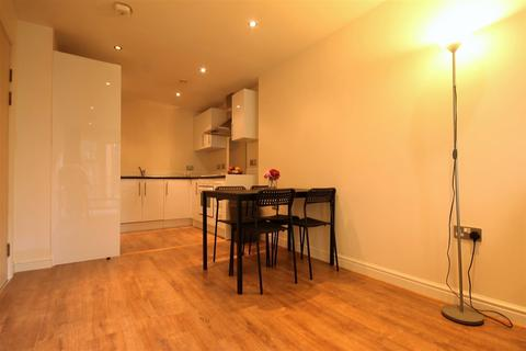 2 bedroom apartment to rent - The Bar, City Centre