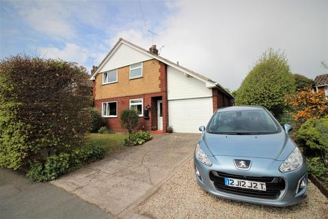 3 bedroom detached house for sale - Sandway Road, Wrexham