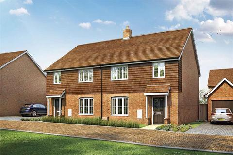 4 bedroom semi-detached house for sale - The Huxford - Plot 125 at The Hedgerows, Fontwell Avenue, Westergate PO20