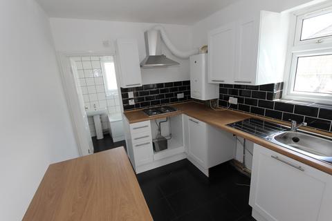 2 bedroom flat to rent - Bellegrove Road , Welling Kent  DA16