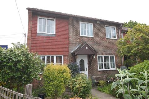4 bedroom end of terrace house for sale - Old School Close, Butlocks Heath, Southampton, SO31 5QJ