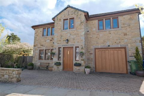 5 bedroom detached house for sale - Standroyd Road, Colne, BB8