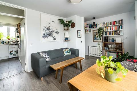 1 bedroom flat for sale - Woolstaplers Way, Bermondsey, London, SE16