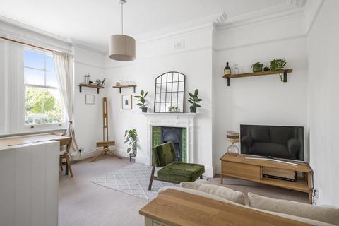 1 bedroom flat for sale - Ravenslea Road, Balham
