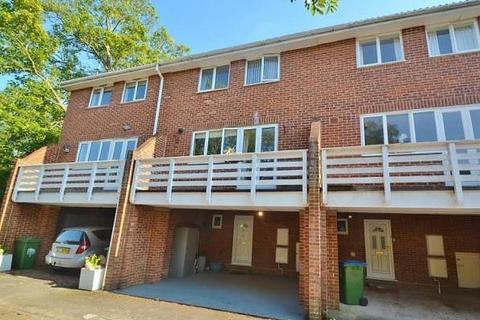 3 bedroom house to rent - Regents Court, Winn Road, Southampton, SO17