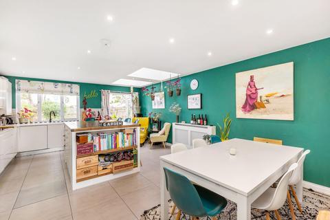 4 bedroom terraced house for sale - Ivydale Road, London SE15