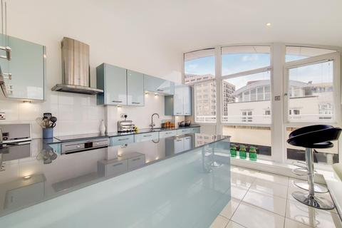 2 bedroom penthouse for sale - Woodland Crescent, London SE16