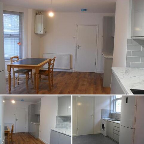 4 bedroom terraced house to rent - MOFFAT ROAD, PALMERS GREEN, LONDON N13