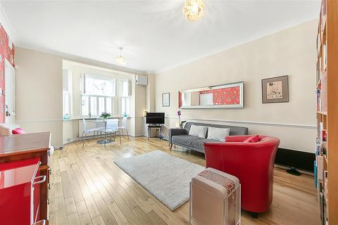 1 bedroom flat for sale - Ingelow Road, SW8