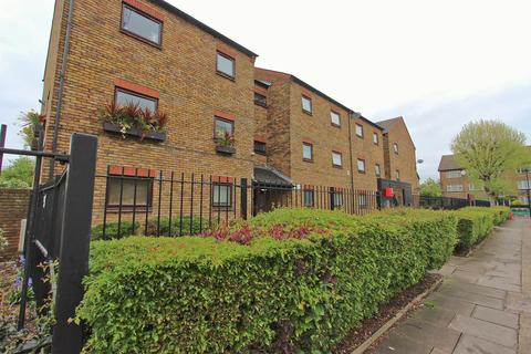 1 bedroom flat for sale - Sprowston Road, Forest Gate, London E7
