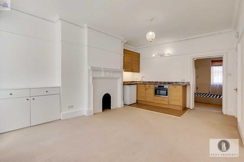 2 bedroom flat to rent - Nassau Street, Fitzrovia, W1W