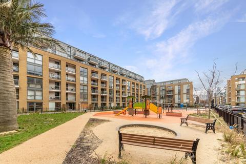 1 bedroom apartment for sale - Packington Square, Islington, London, N1