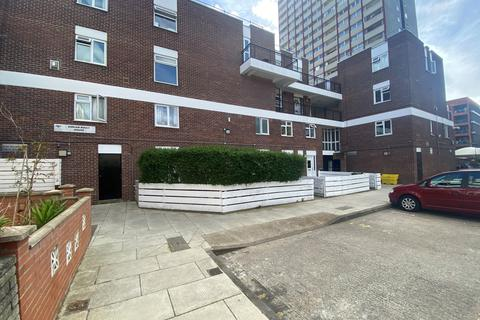3 bedroom flat to rent - Adrian Boult House, E2