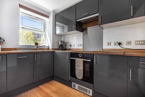 1 bedroom flat for sale - Coates Avenue, Wandsworth