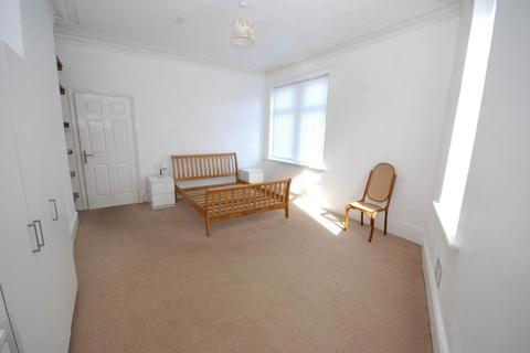 3 bedroom flat for sale - Northbourne Street, Gateshead