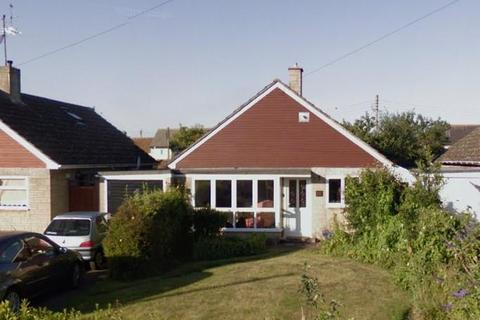 3 bedroom detached bungalow to rent - Launton,  Bicester,  OX26