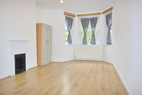 2 bedroom flat to rent - Joscoyne House, Philpot Street, Whitechapel, London E1