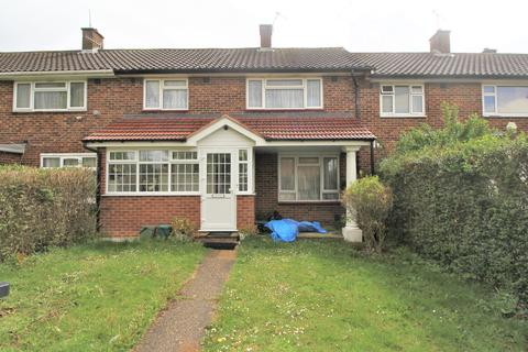 3 bedroom terraced house to rent - Ascot Close, Northolt UB5