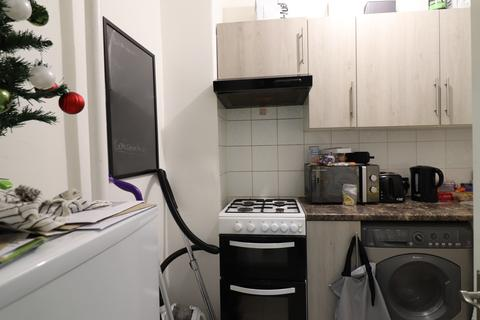 3 bedroom flat to rent - Spelman House, Spelman Street, Whitechapel, London E1