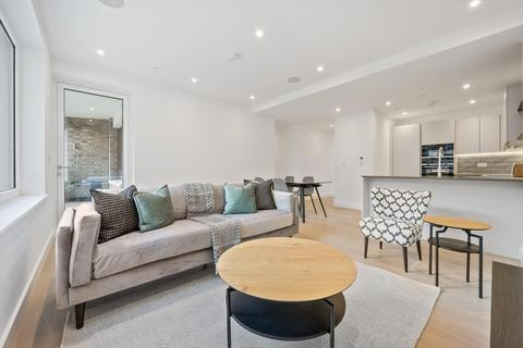 2 bedroom flat to rent - Grange Road, London, SE1