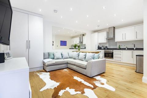 2 bedroom flat for sale - Josephine Avenue, Brixton