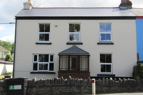 4 bedroom end of terrace house to rent - Hooe Road, Hooe, Plymstock