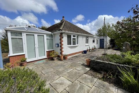 3 bedroom detached bungalow for sale - Pontardulais Road, Cross Hands, Llanelli