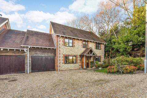 5 bedroom detached house to rent - Mounters Lane, Chawton, Alton