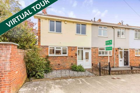 3 bedroom terraced house for sale - St. Nicholas Street, Old Portsmouth