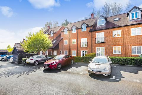 2 bedroom apartment for sale - Laura Close, Winchester