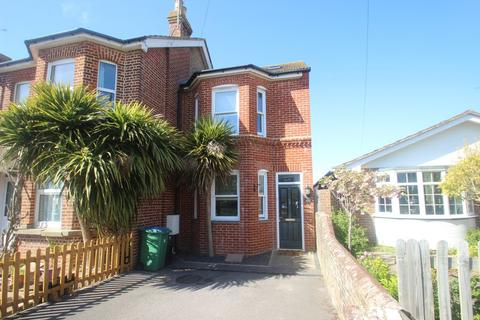 3 bedroom end of terrace house to rent - Manor Road, East Preston