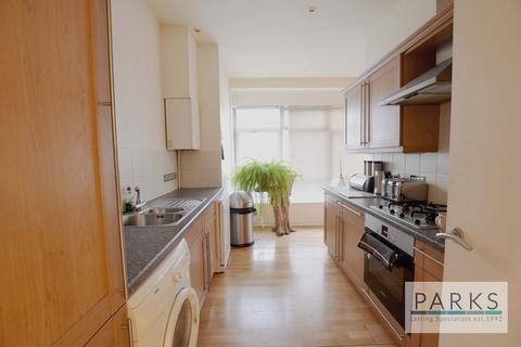 2 bedroom flat to rent - The Ocean Buildings, Queens Road, BN1