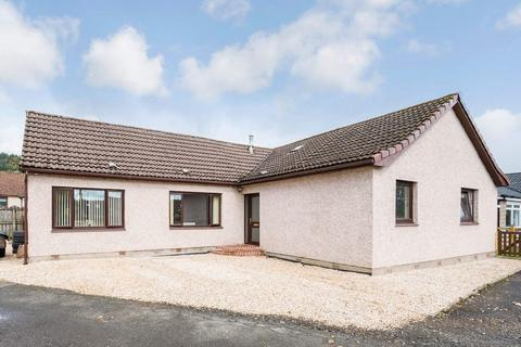4 bedroom detached bungalow for sale - Beechwood, Blairforge. KY4 0JD