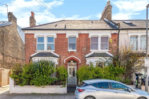 1 bedroom flat to rent - Longley Road, London, SW17