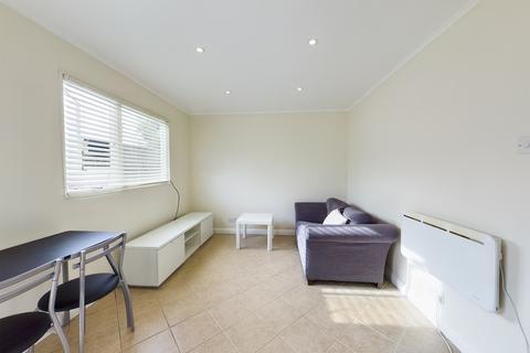 1 bedroom ground floor flat to rent - Hercies Road