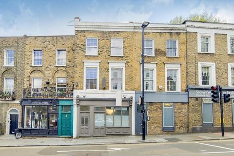 2 bedroom terraced house for sale - St John Street, London, EC1V