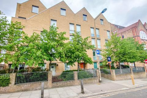 2 bedroom apartment for sale - Bloomfield Road, Woolwich
